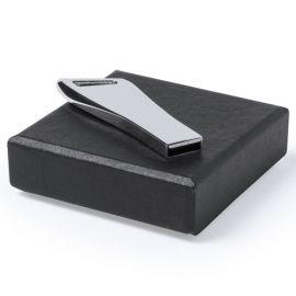 Llave Iron stock 8 GB