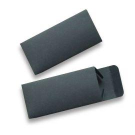 Caja de cartón negra para memoria USB Massimo Dutti